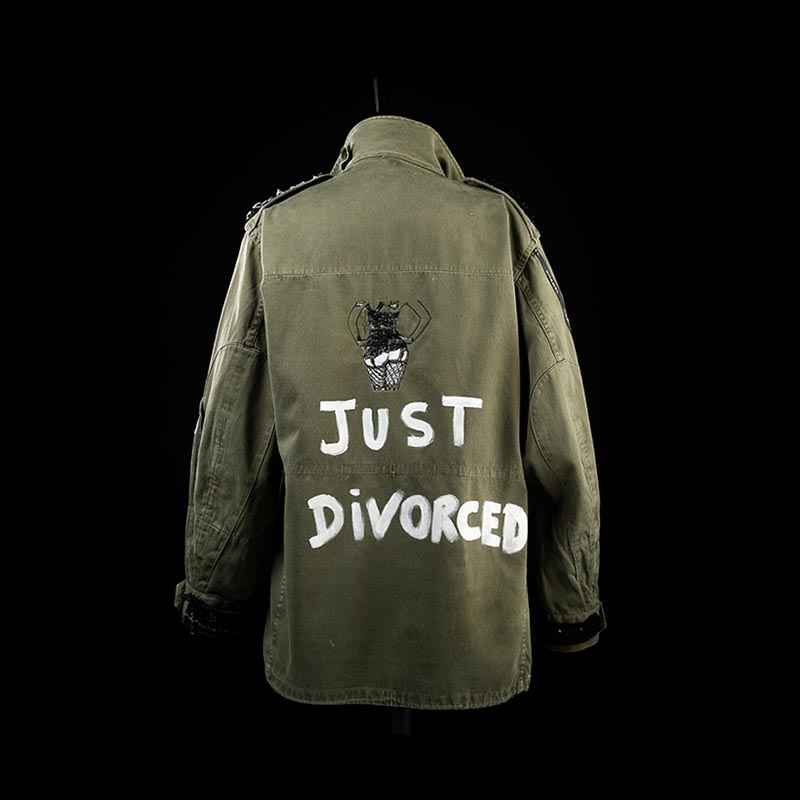 By Val Veste Just Divorced 02