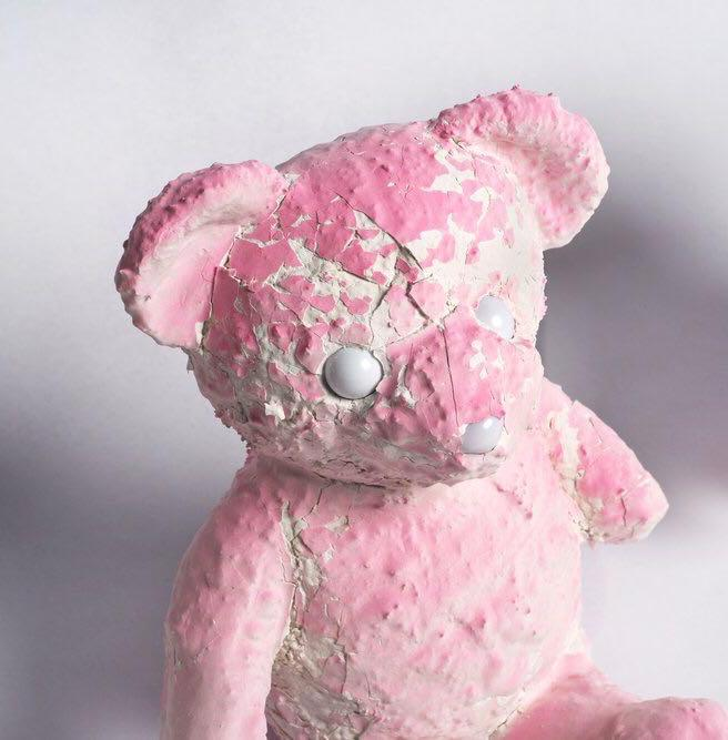 daniel_arsham__pink_cracked_bear_1566752050_380e4522_progressive